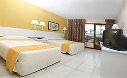 Best Western Jaco Yellow room.jpg